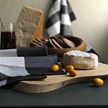 Tea towl (with Cutting & Serving board from GEORG JENSEN)