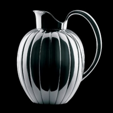 Thermo jug designed by Prince Sivard Bernadotte