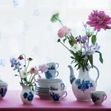 Blue flower w. flower