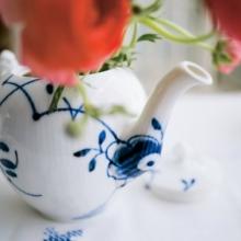 Mega Tea Pot by Kare Kjaeldgard Larsen